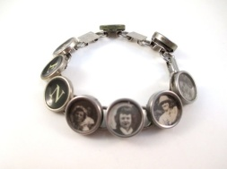 Typewriter keys bracelet with old family photos - just too sweet!